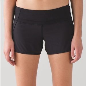 "Lululemon Run Times 4"" Shorts 6"